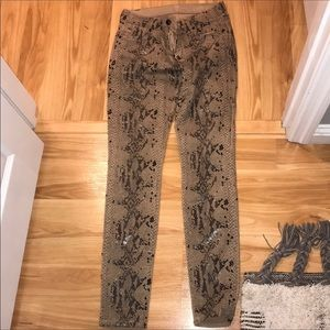 7 For All Mankind Snakeskin Beige Skinny Jeans